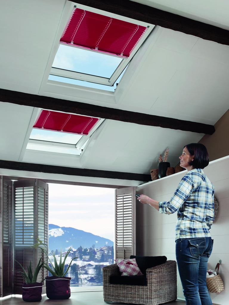 klapp schwingfenster mit realistischem holzdekor bauwiki. Black Bedroom Furniture Sets. Home Design Ideas
