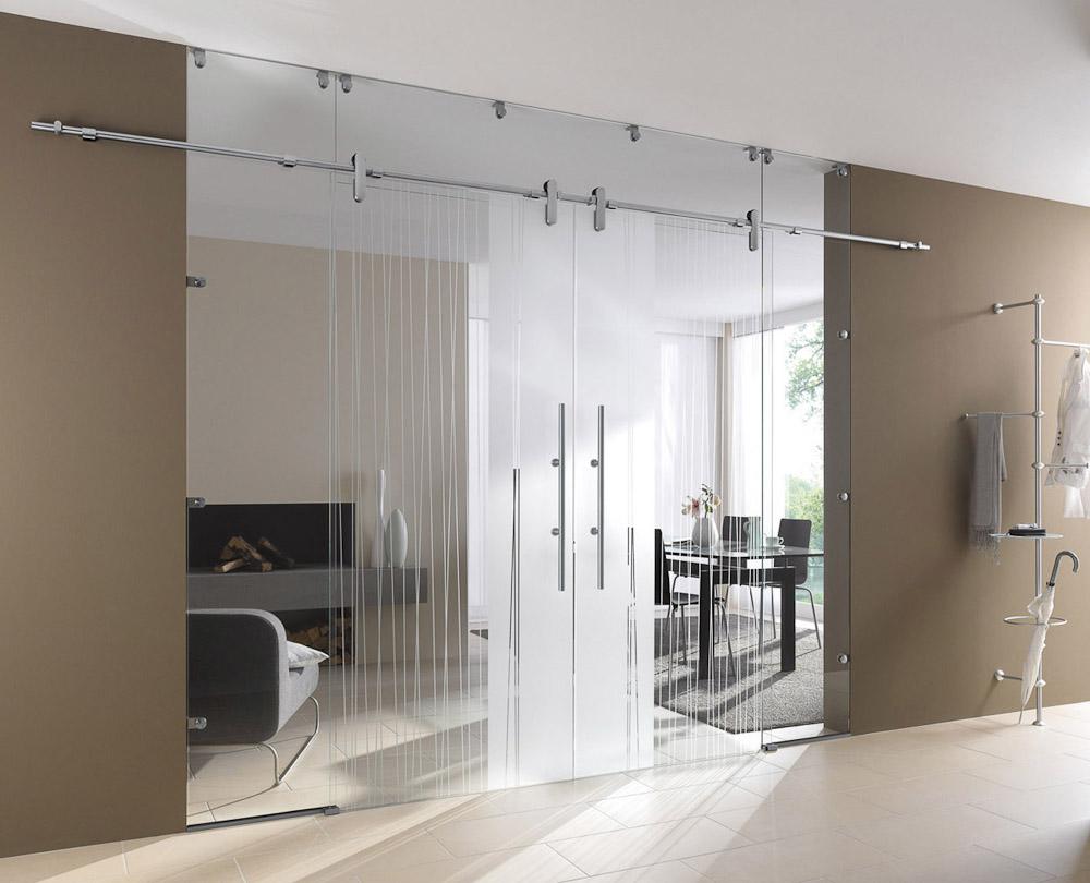 moderne zweifl gelige klarglas schiebet r mit senkrechten mattglas streifen als dekor bauwiki. Black Bedroom Furniture Sets. Home Design Ideas