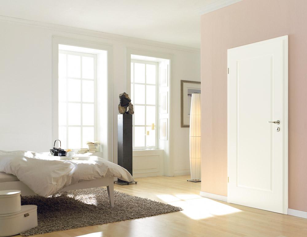 klassische wei e t r mit rechteckiger fr sung bauwiki. Black Bedroom Furniture Sets. Home Design Ideas