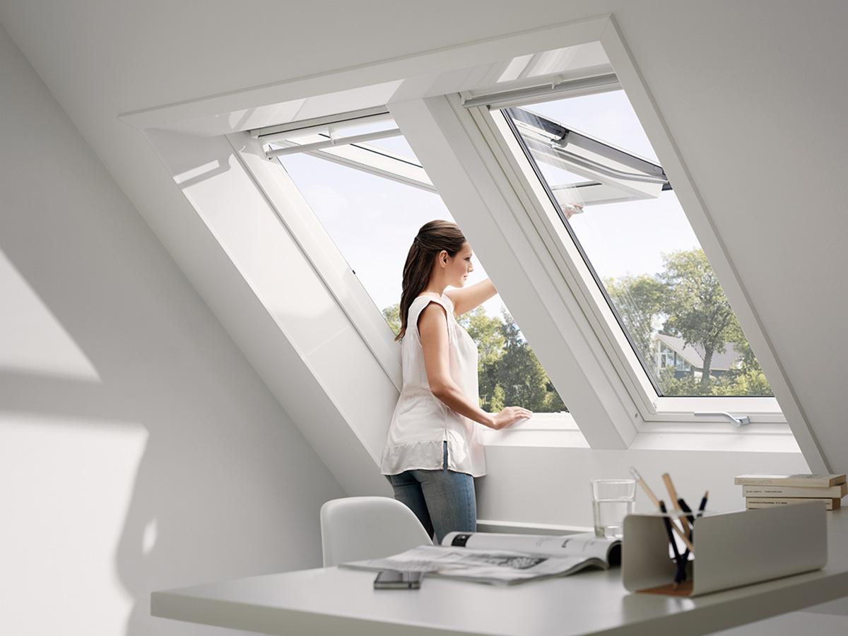 doppel dachfenster f r mehr helligkeit bauwiki. Black Bedroom Furniture Sets. Home Design Ideas